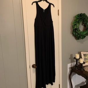 Old Navy • sleeveless maxi dress Sz L